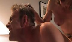 Recopilación de hombres follados por travestis