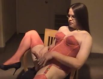 Tio Travestido Con Sexy Lencería Vintage