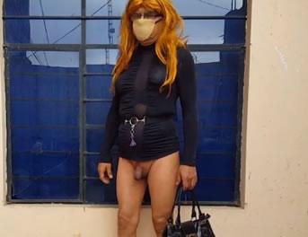 Show Travesti De Una Zorra Con Bolso